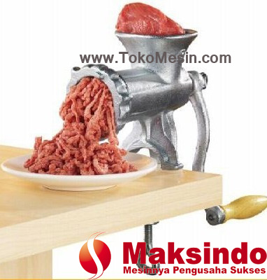 mesin penggiling daging manual
