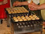 membuat takoyaki